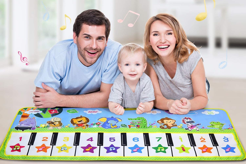 Utili idee regalo per neonati: 5 tappeti per i primi giochi